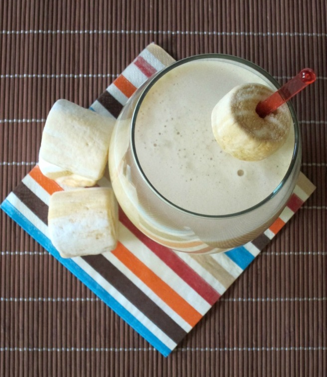 Caramel Apple Pie Cocktail with Caramel & Vanilla Swirl Marshmallows ~ Shake Bake and Party
