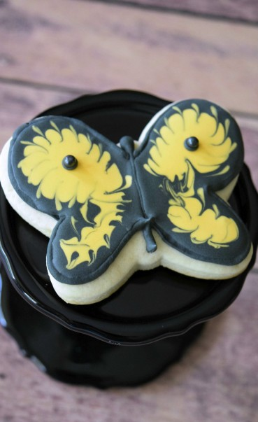 Butterfly Decorated Cookie | Shake Bake and Party