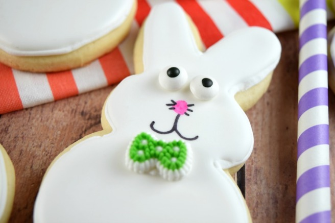 Bowtie Bunny Cookie | Shake Bake and Party
